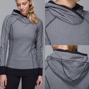 Lululemon Think fast hoodie in Rulu